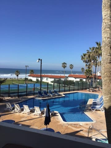 LA PALOMA #3, spa/poolside, stunning ocean views