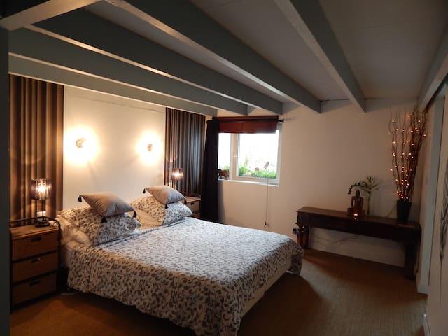 Chambre privative dans loft - Plougastel-Daoulas - Loft