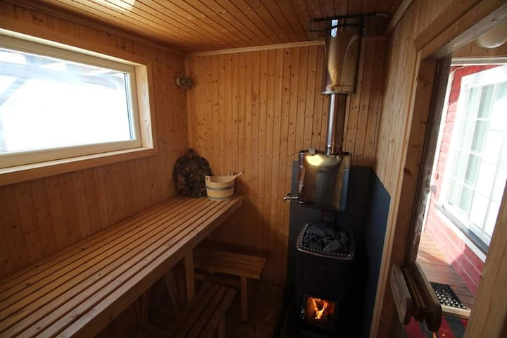 Hyttebåt på Visterflo