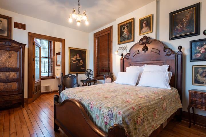 The Sara Tracy House, Rilke Room