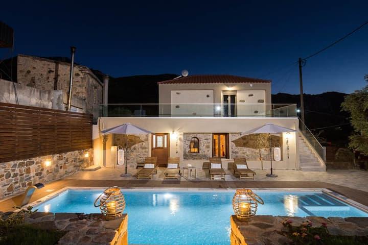 Tzouganos Villa