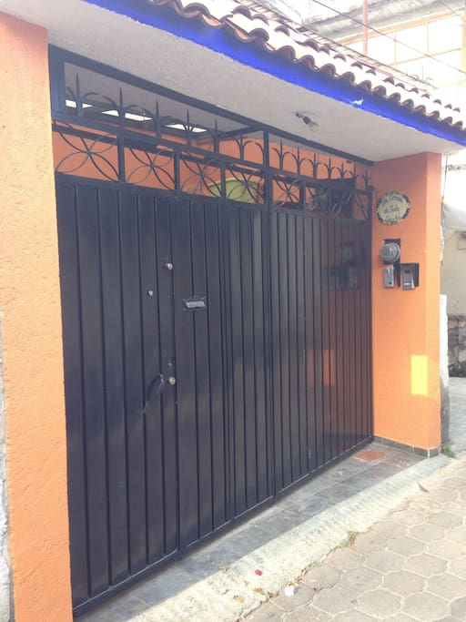The entrance in a popular area not to far away from Coyoacan