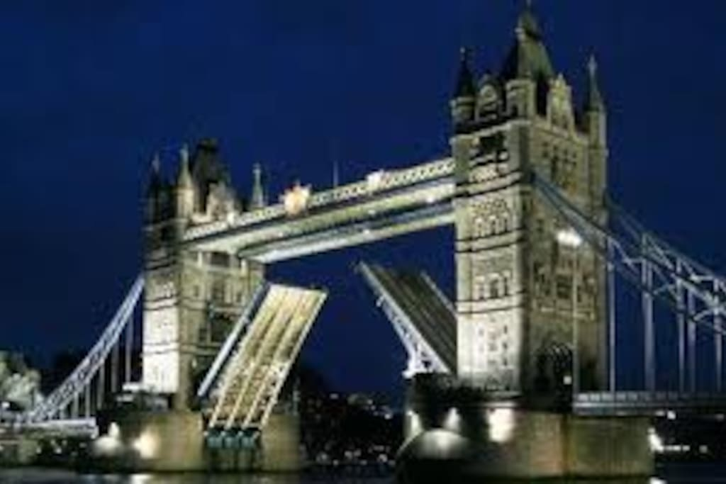 5 minutes walk from Tower Bridge