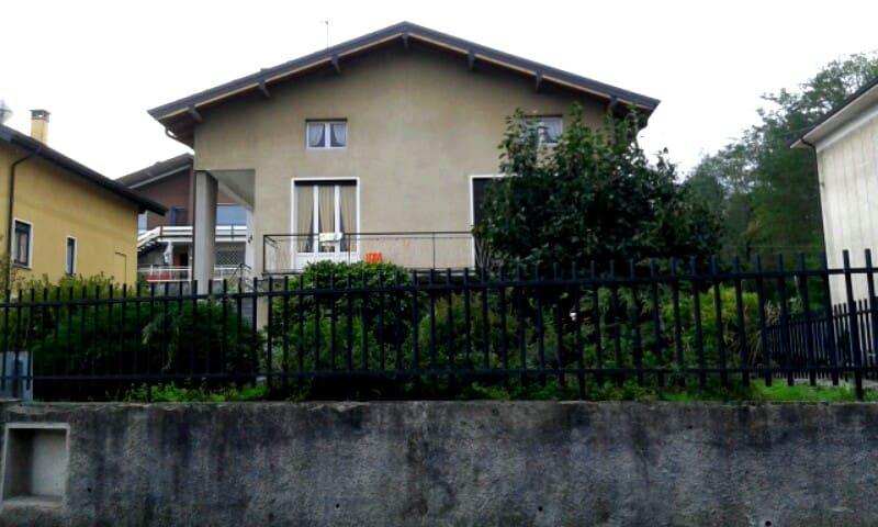 Amazing house near Maggiore lake - Arona - House