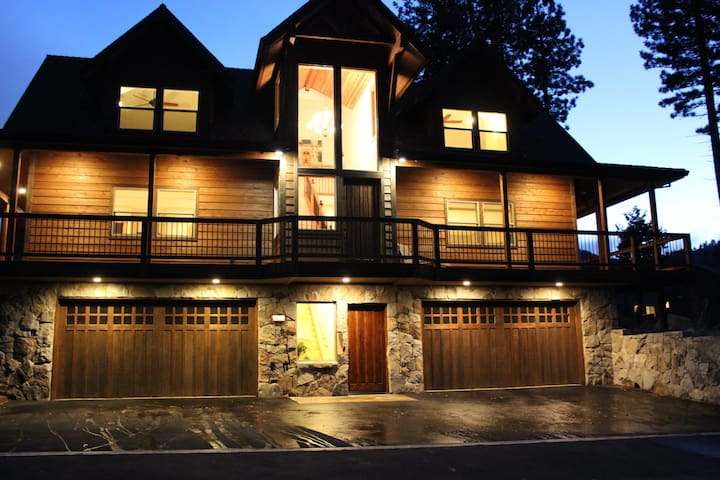Custom Vacation Home - Brand New. - South Lake Tahoe