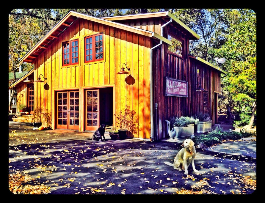 The Barn with Wine Tasting Room