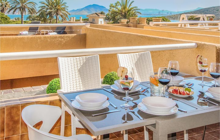 Beautiful home in La Manga del Mar Menor with WiFi and 3 Bedrooms