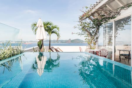 Romantic Penthouse for Couples with Private Pool