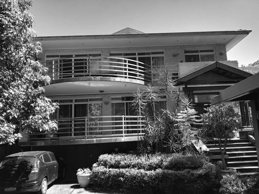 B/W House..