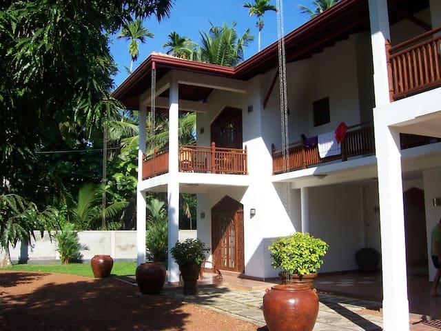 Bentota Villa Wunderschön - Gästezimmer