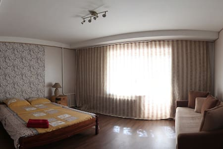 Nice apartment in the center. WiFi - Kiev