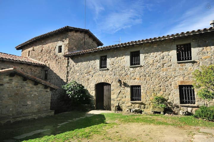 Medieval Castle for 6 people - Llaés - Castle