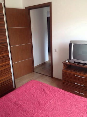 NEW APARTMENT IN THE CENTER - Slănic - Huoneisto