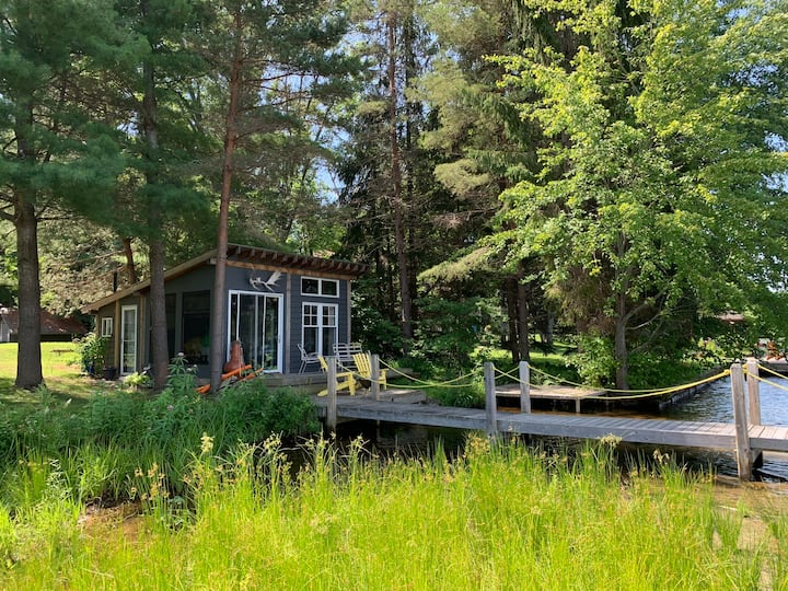 Cute bunkie at the Water's Edge