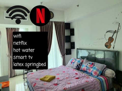 Benson Apartment at Surabaya Pakuwon Wifi Hotwater