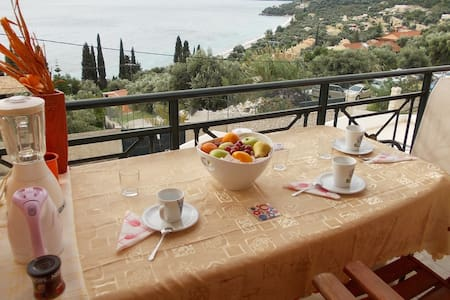 One bedroom apartment with sea view on 2nd floor - Mparmpati