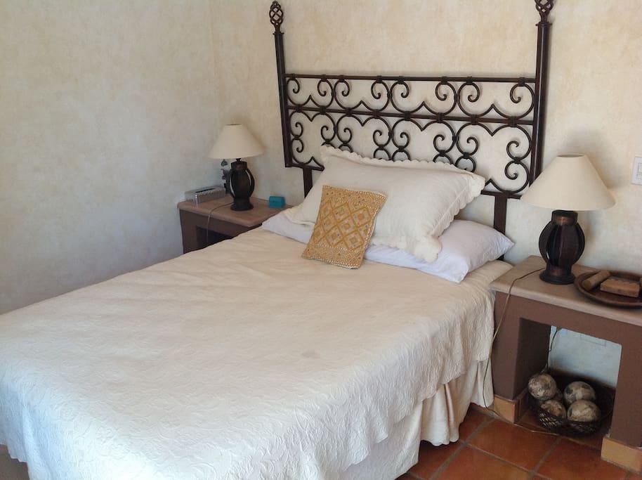 Second floor, Meringue bedroom