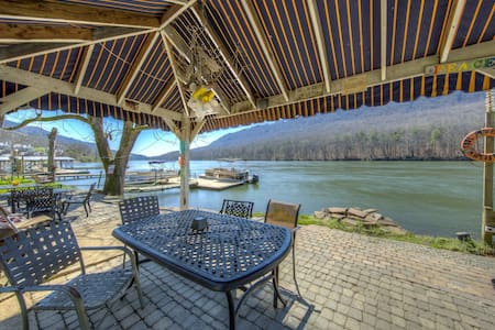 River Canyon Getaway E - in beautiful Chattanooga - Appartement en résidence