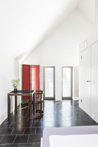 QUARTIER 65 - Serviced Apartment Zimmer -D-