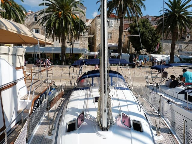 Sailing yacht in port of Hvar