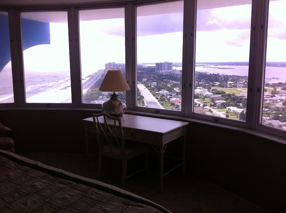 Spectacular Ocean River Views Apartments For Rent In Daytona Beach Florida United States