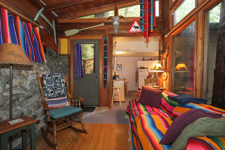 Very secluded, quiet cabin