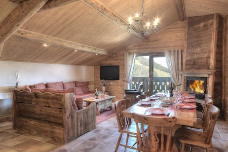 Appart Antares: 6 pers, Sauna & Spa, Wifi, 92m2