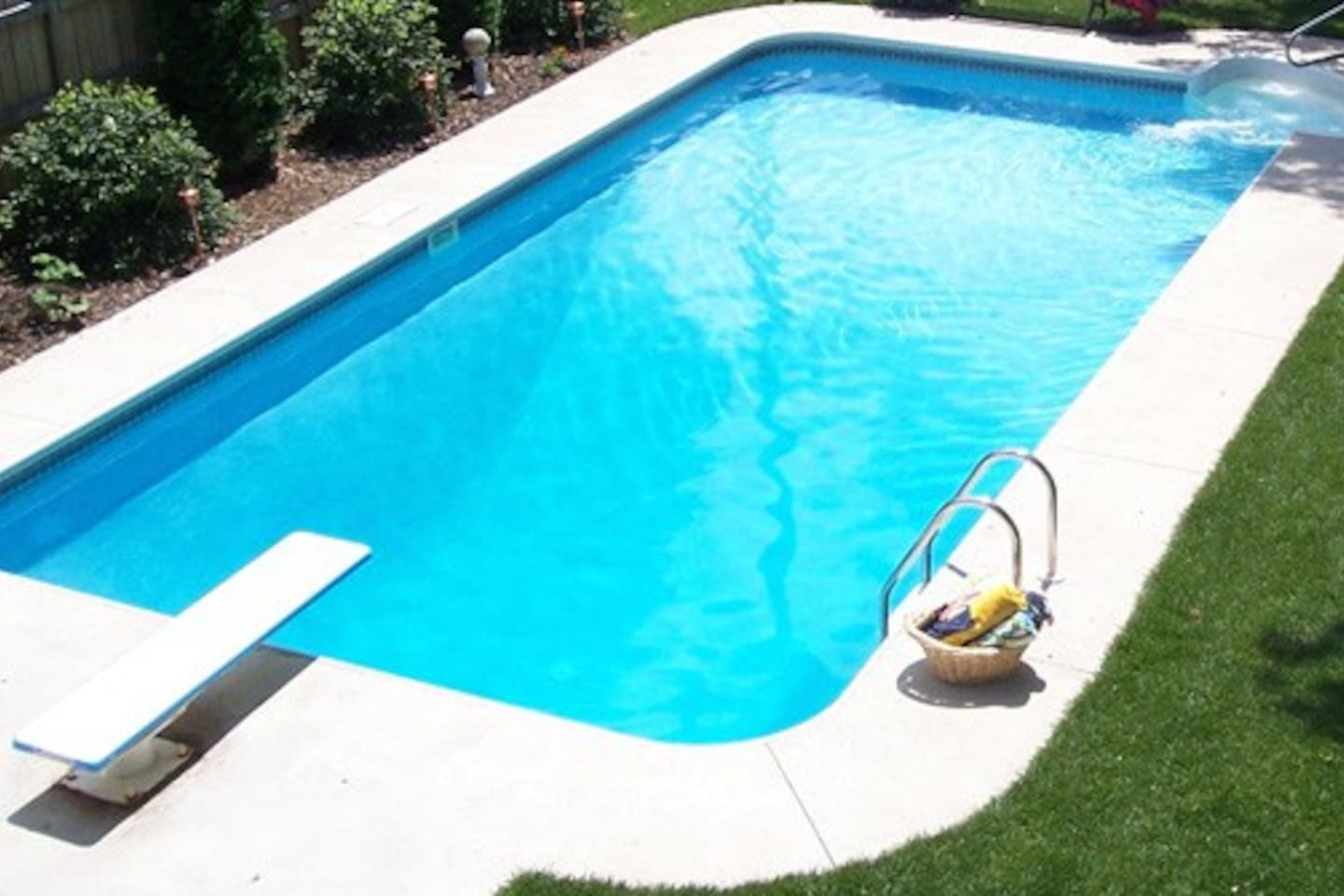 Refreshing pool available to all our guests **NO LIFEGUARD ON DUTY**