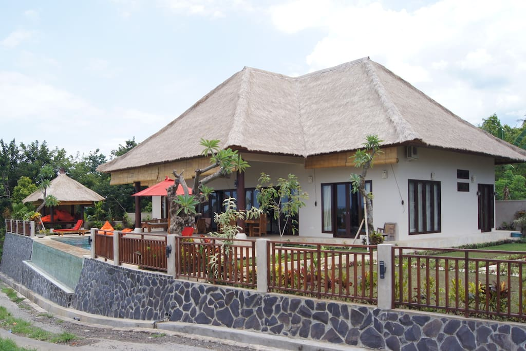 Private villa colonial style luxury villas for rent in panji anom singaraja - Villa style colonial ...