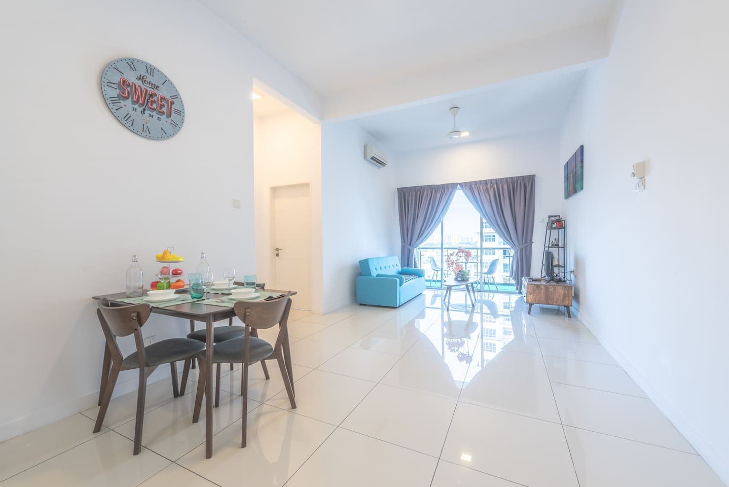 comfort home 8pax nearby LRT SKYPoD Residence