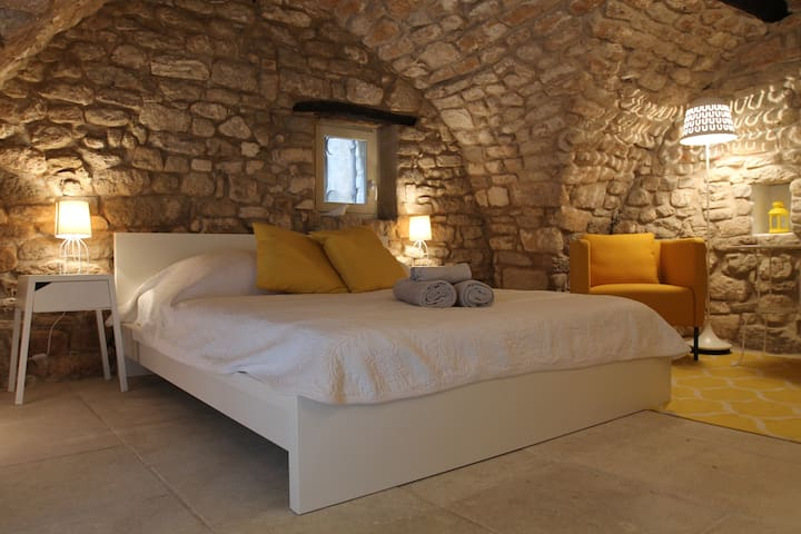 Charming Independent Bedroom Bonnieux Luberon - Bonnieux - Hus