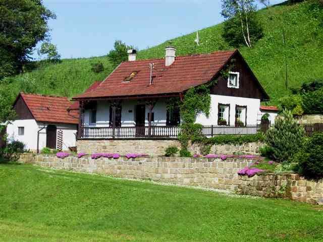 Prachtig landhuis met zwembad - Horní Dobrouč - Casa
