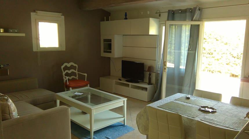 appartement calme proche des vignes - Cogolin - Leilighet