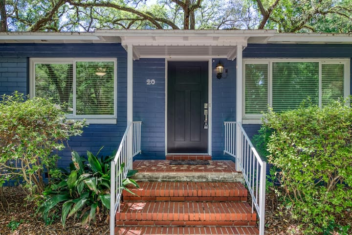4BR 🏡 1 Mi to UF+ Close to Springs & Hospitals ☀️