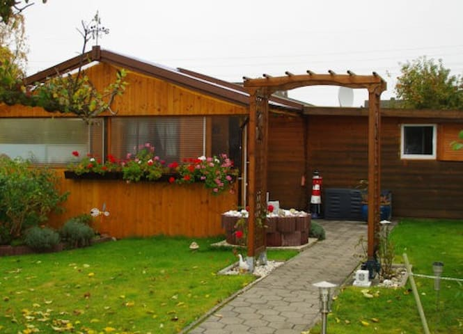 Cosy vacation bungalow - Wilhelmshaven