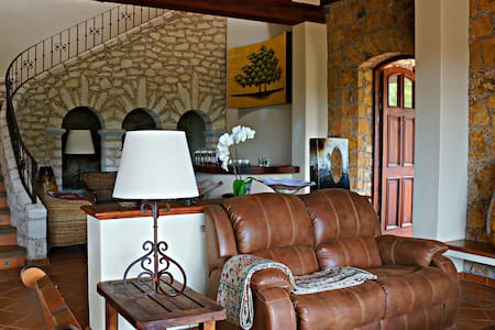 Great and Luxury Casa Barranqueña