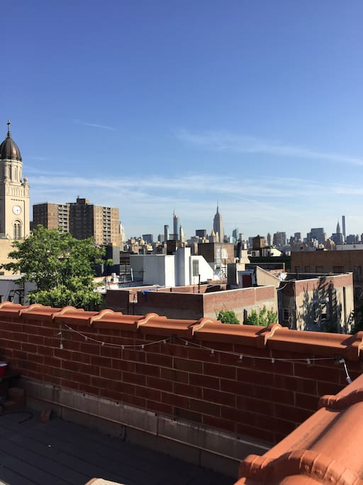 Amazing PRIVATE rooftop w/ North View of NYC. Have coffee in the AM or unwind with wine in the PM