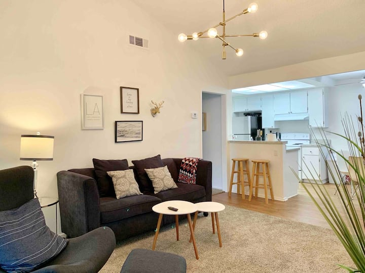2Bedroom Modern Home in Rowland w Great Location