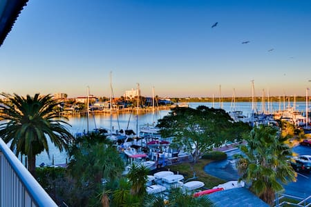 Bayside Condos 29 - Clearwater