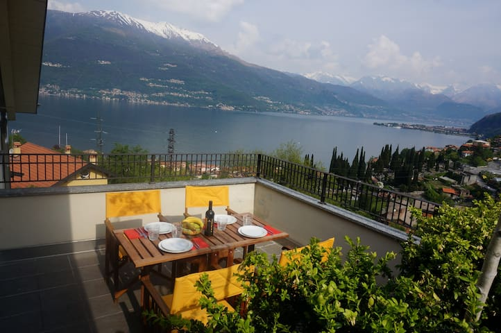 A comfortable flat with lake view - Bellano - Flat