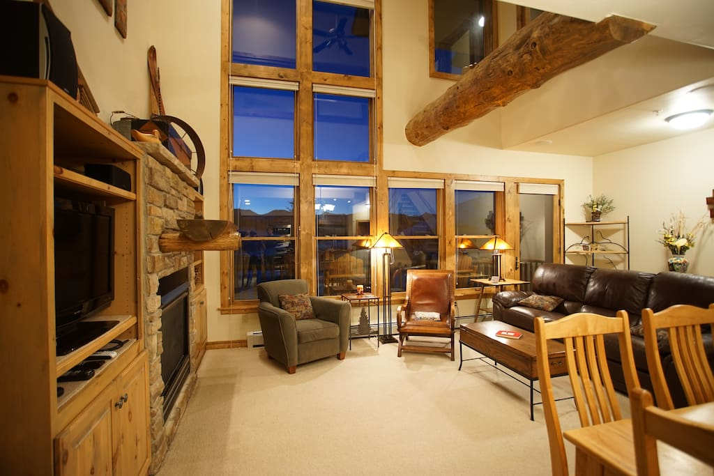 The open Living Room with Amazing Mountain Views