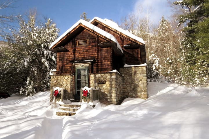 Historic Icehouse in 900+ acres private wilderness