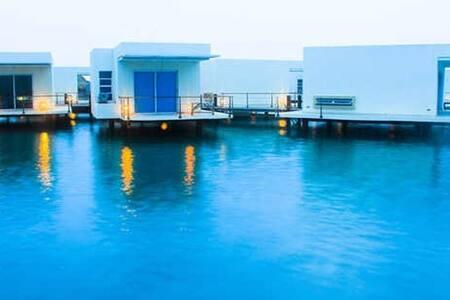 Cabaña En Agua