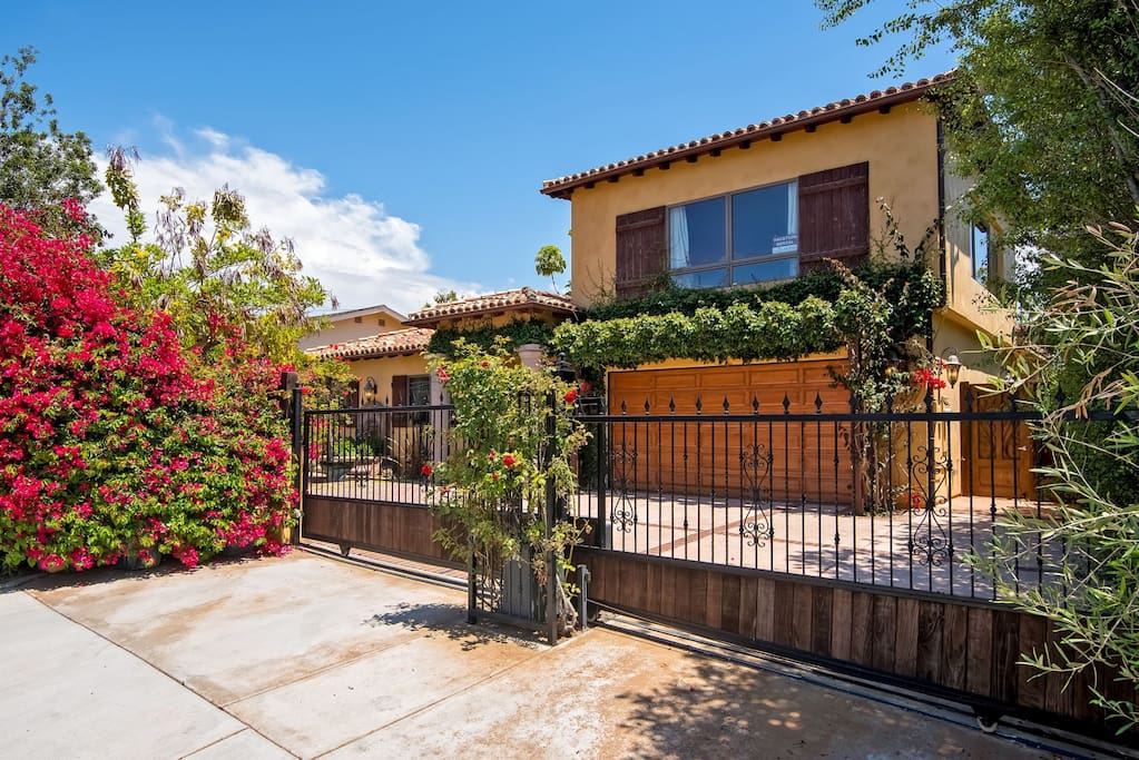 Welcome to your private paradise in Carlsbad!