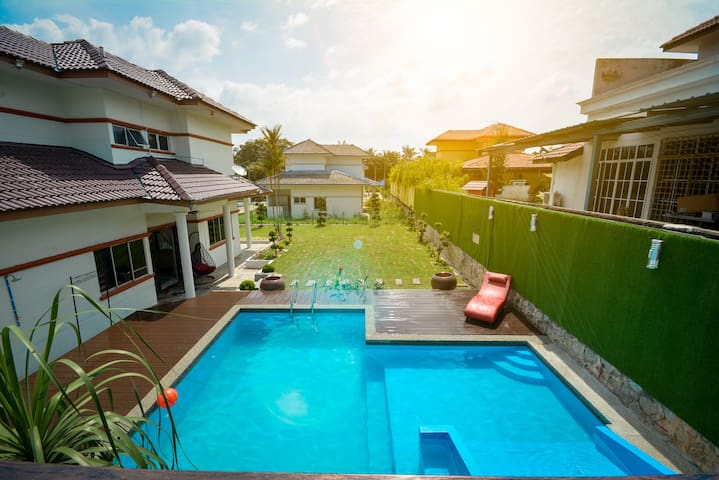 Villa 969 - Vacation Home / Homestay with pool