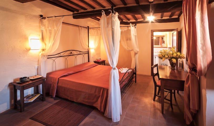 CAMPO AL VENTO - Romantico soggiorno in Fattoria - Monte Castello di Vibio - Muu