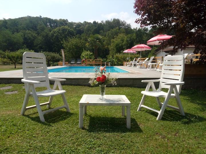 Casale i Girasoli:apt+pool&park