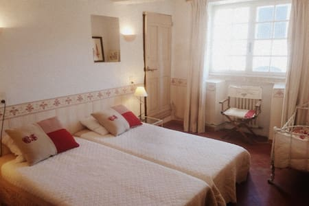 Lovely suite in Bastide from the 18th - Venasque