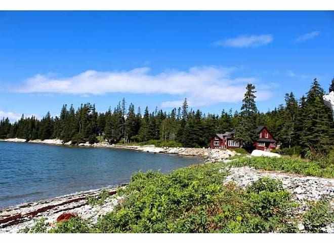 Sea Wall Cottage and Optional Cabin Rental - Deer Isle - House