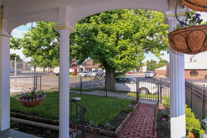 Front Porch View of neighborhood